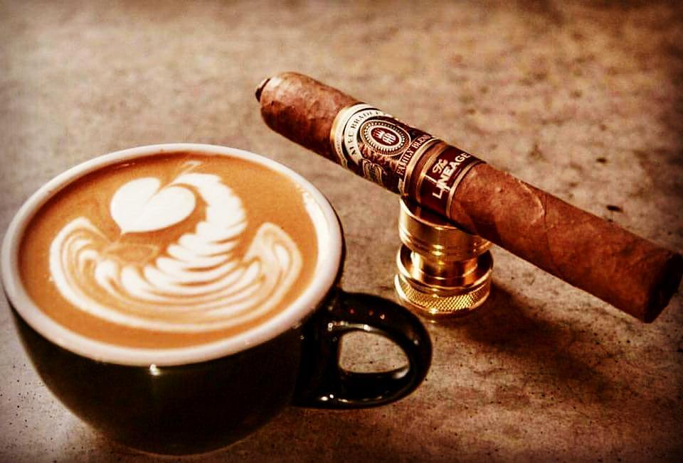 Ligero Gurman Point Cigar Lounge